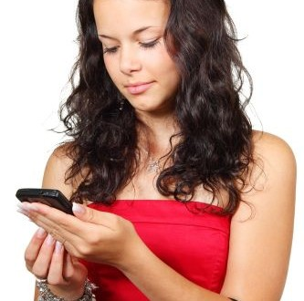 Usi lo smartphone? Tieni lubrificate le articolazioni!