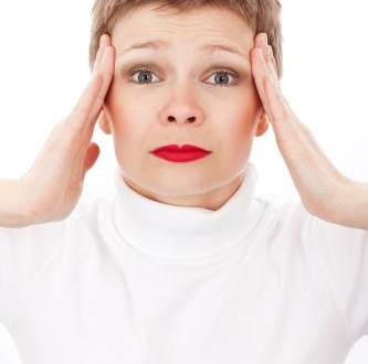 Mal di testa in gravidanza: i rimedi