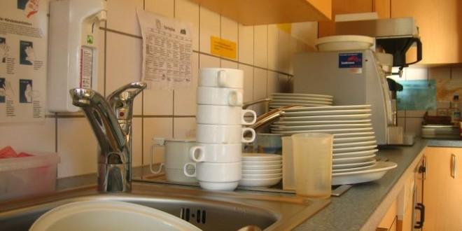 Lavare i piatti aiuta a rilassarsi