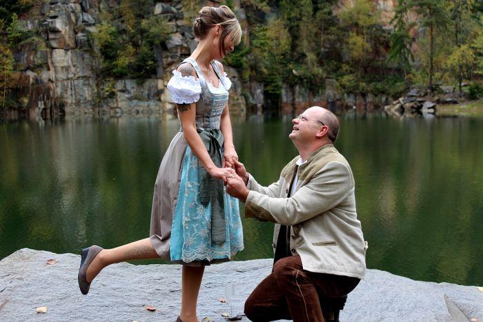 Consigli per un uomo più anziano che esce con una donna più giovane