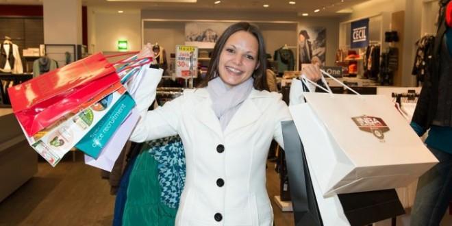 Shopping mania: è l'olfatto che ti fa spendere