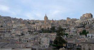Modica: la città del pane, della cioccolata e del barocco siciliano