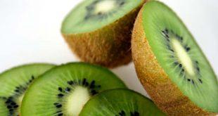 Il Kiwi, ricco di vitamine e sali minerali, importante anche per la salute