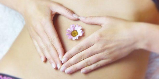 Dolori mestruali: hai mai provato con gli oli essenziali?