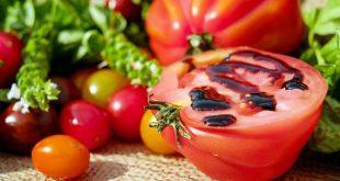 Alimenti 10 e lode. Pomodori trionfano sulla tavola italiana solo per caso