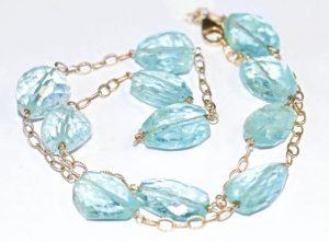 Cristalloterapia: ecco il gioiello giusto per la Festa della mamma
