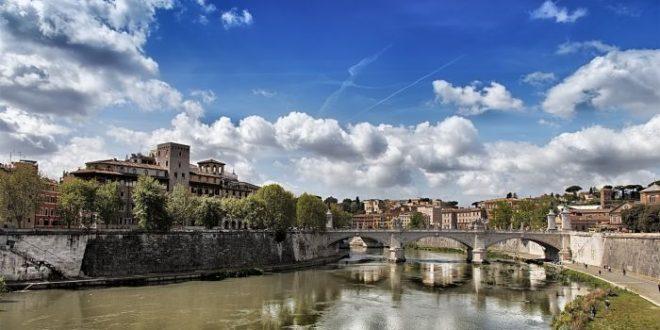 Porto di Traiano, a passeggio con gli imperatori romani