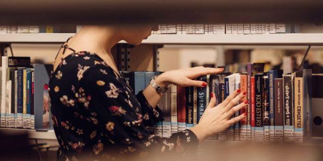"""""""Ha acquistato il libro? Se si acquista, può farne ciò che vuole"""", altrimenti"""