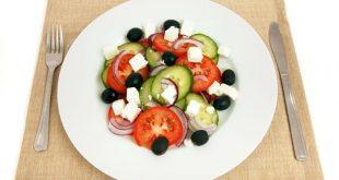 Dieta mediterranea: adottata ogni giorno riduce mortalità da cancro