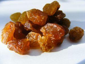 Frutta essiccata: influisce davvero sui valori della glicemia?