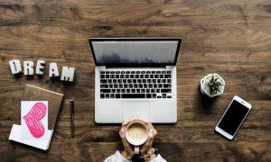 Storie d'amore in ufficio: ecco come gestirle al meglio
