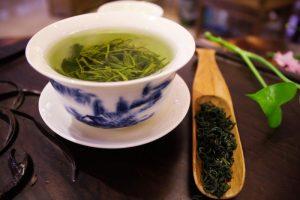 Tè verde: ecco perché consumare questo elisir di lunga vita