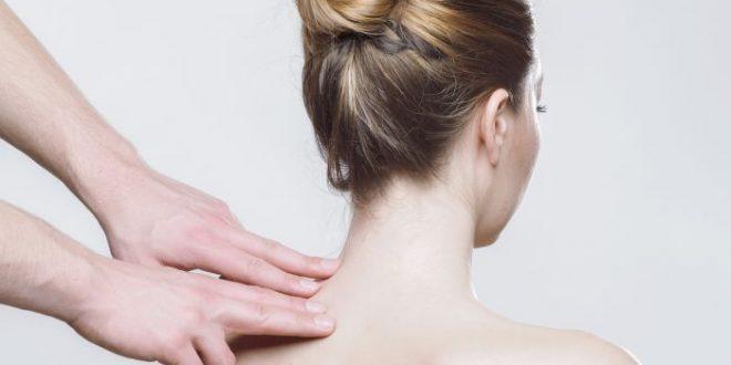 Torcicollo, mal di testa e mal d'orecchie: la causa è l'aria condizionata
