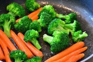Dieta vegetariana per salvarsi la vita? C'è chi lo afferma