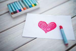 Amore come forma di energia: come farne a meno?