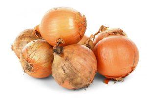 Alimenti 10 e lode. La cipolla: una delle piante aromatiche più antiche