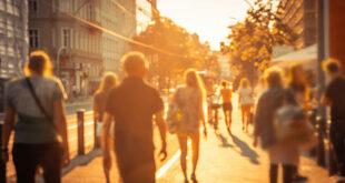 Estate, rischio obesità per chi rimane in città: consigli per restare in salute