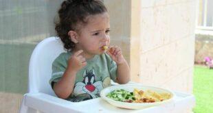 Alimentazione complementare: a mangiare si impara con assaggi ripetuti