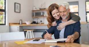Andropausa: scoperta molecola per prevenire sintomi dell'invecchiamento