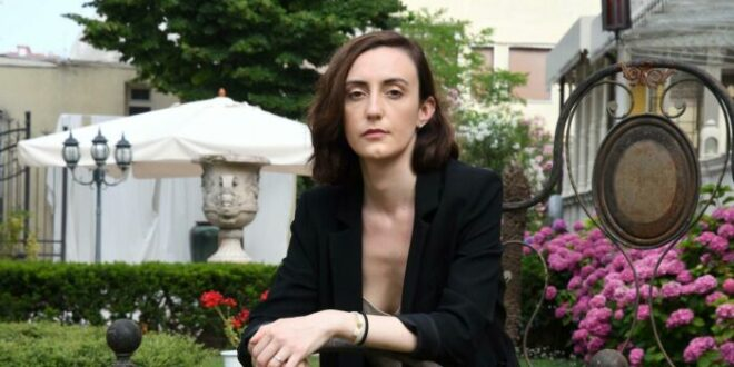Giulia Caminito, vivere nel tunnel senza luce dell'indigenza